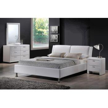 Pat tapiţat alb Jolla vintage - o varianta inedita pentru un dormitor elegant, cu tapiterie de calitate. #paturi  #paturivintage #DecoStores #amenajariinterioare  #homedecor #beds #vintagebeds #mobiladormitor #dormitor #bedroom