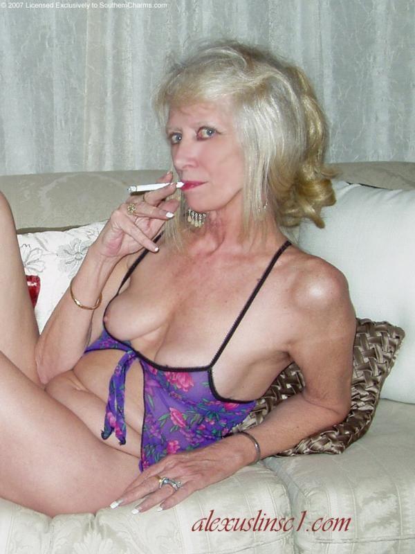90 Best Hot Grannies Images On Pinterest  Older Women -2211