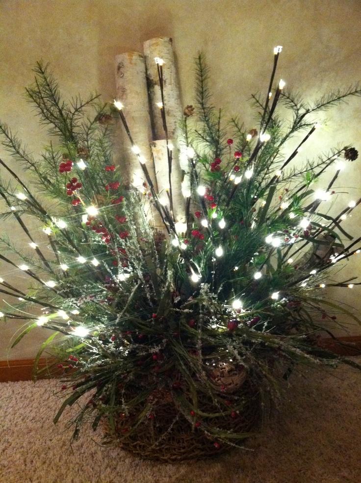 https://i.pinimg.com/736x/5c/e7/33/5ce7335559529927de022fb80f24ee7c--lighted-branches-christmas-tea.jpg