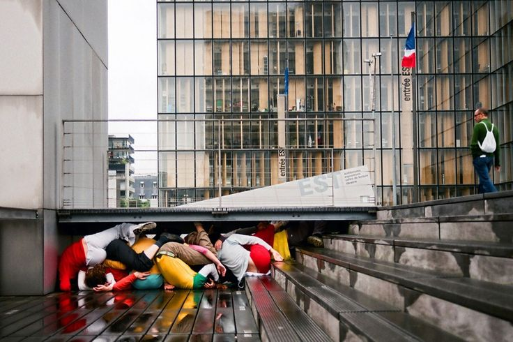 Bodies in Urban Space by Willi Dorner