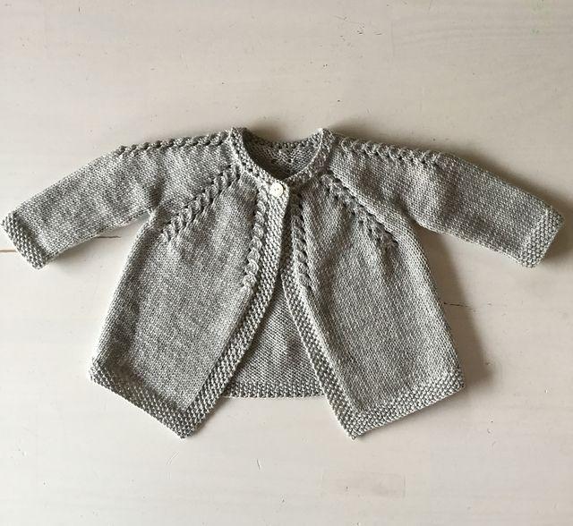 Ravelry: threesweetpeas' 4 / Cardigan for baby