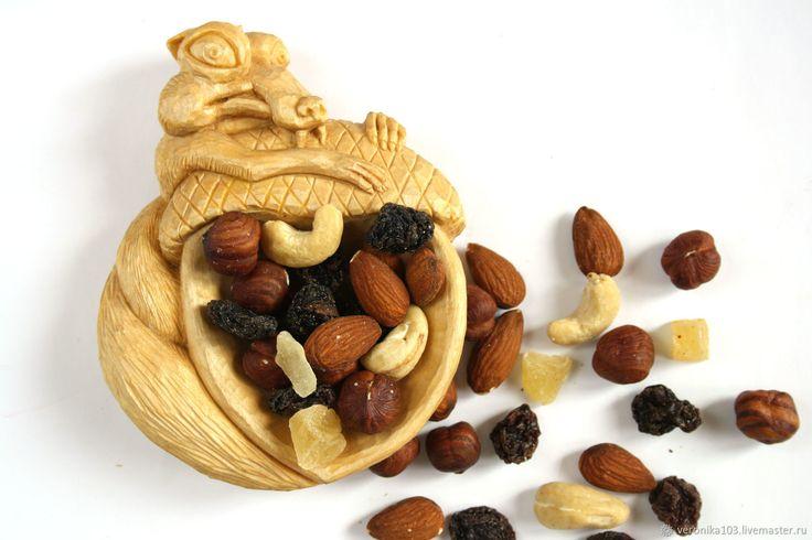 Купить Белка сервировочная тарелка из дерева для орехов - белка, тарелка для орехов, сервировочное блюдо