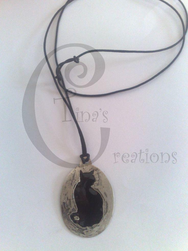 Tina's Creations - Handmade Jewels & More!: 10€ Κρεμαστό μαύρη γάτα / Black cat pendant