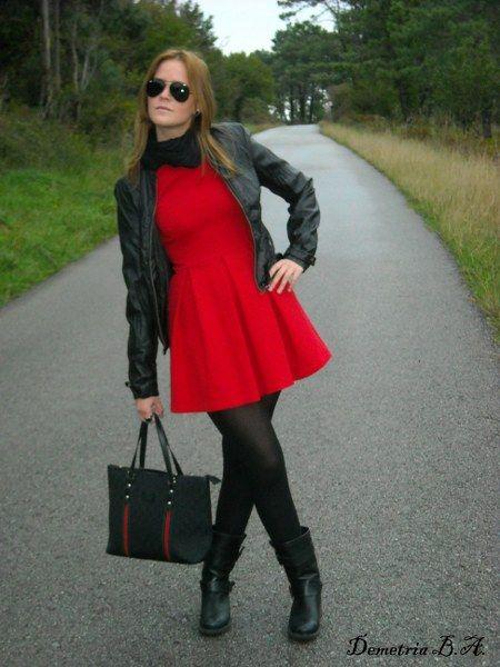 Vestido Rojo Medias Negras Y Botas | Vestidos Y Faldas Con Medias | Pinterest