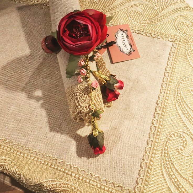 Dantell Atelier urunlerimiz www.dantell.com da satistadir. // Our Dantell Atelier products are now available at www.dantell.com #dantell #dantellofficial #dekorasyon #evtekstili #evim #ev #onthetable #home #homeislife #hometextile #ceyiz #napkin #placemat