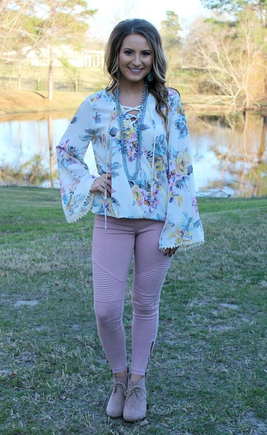 One Sweet World Floral Lace Up Top in Ivory – Giddy Up Glamour Boutique