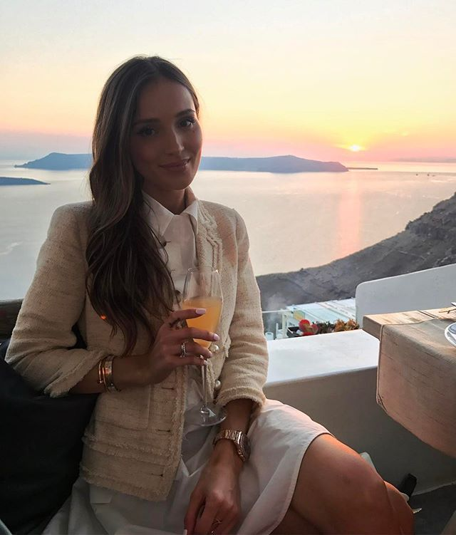 Instagram media by marina_official - #TB Cheeeeeers!!! Bellini & perfect Sunset with a perfect company  #summer #sunset #perfectsunset #santorini #fun #lovemylife #romantic #greece
