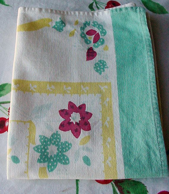 Retro Kitchen Linens: Flowers And Blocks Vintage Kitchen Towel Green By