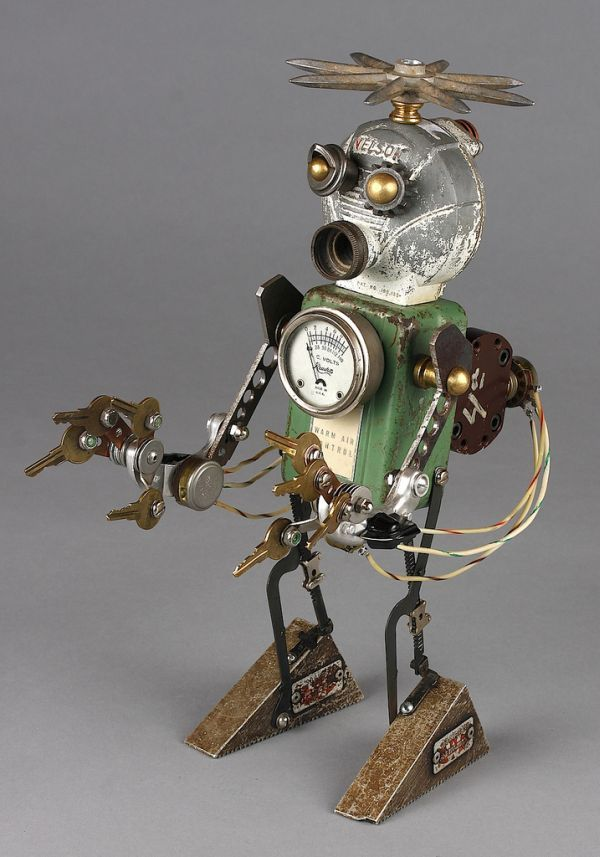 Steampunk Robot Sculptures Are Intriguing