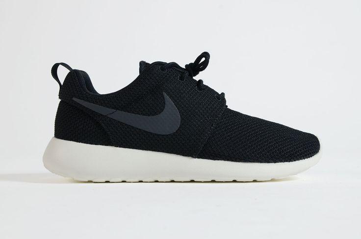 Nike - Roshe One (Black/ Anthracite Sail