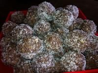 Recipe Choc Date Balls by arwen.thermomix - Recipe of category Desserts & sweets