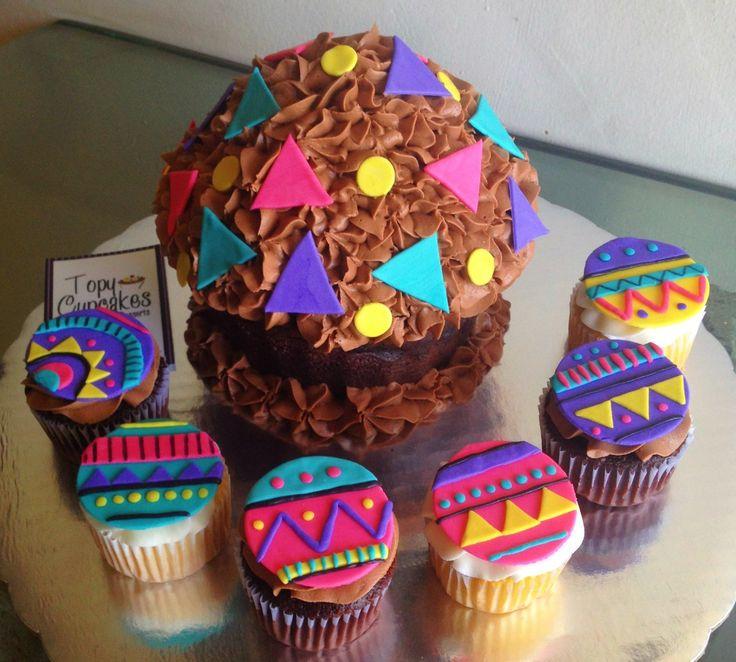 Tribal Print Cupcakes...perfect theme AND Tri Deltas! #UniversityComposites