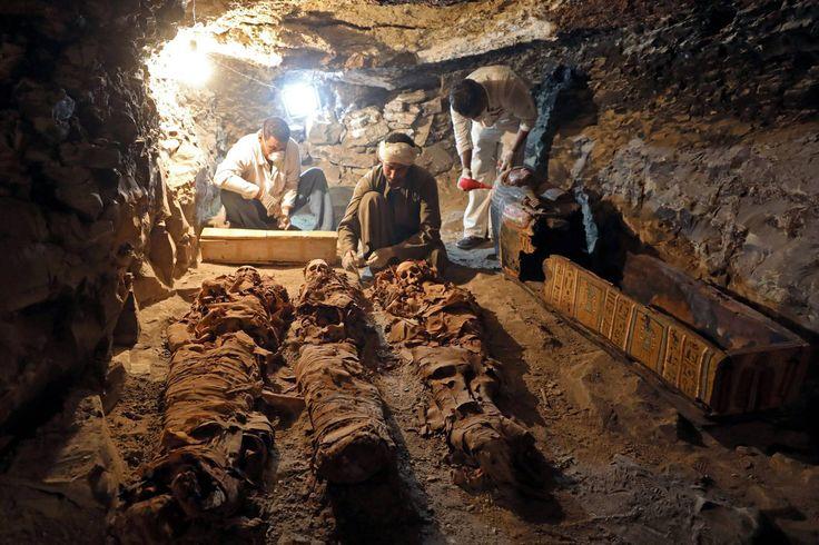 Tumba de Amenemhat é descoberta em área na margem ocidental do rio Nilo, em Luxor, Egito, em 09/09/2017 Arqueólogos egípcios encontram túmulo do rei Amenemhat Amenemhat era ourives de Amon, um importante deus da mitologia egípcia, e viveu na 18ª dinastia faraônica