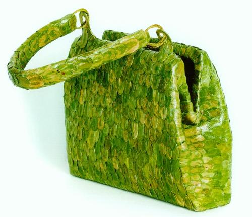 Anni Rapinoja: leaf_purse