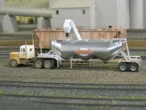 HO 1/87 Dry Bulk Trailer 11 - Heil 1040 Superjet in White Strong & Flexible