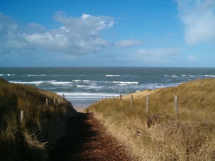 Castricum Beach >> de opgang naar naaktstrand! Niet de officiële opgang naar het strand