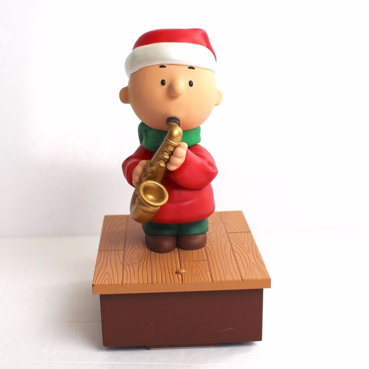 Hallmark Peanuts 2011 Charlie Brown Playing Saxophone Saxaphone Christmas Music #Hallmark