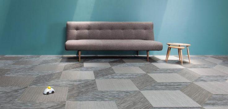 Podlaha z tkaného vinylu Fitnice, různé barvy a vzory. / Flooring from the Fitnice woven vinyl, various colors and designs.
