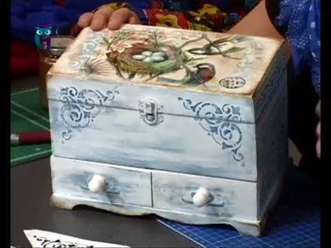 Декупаж. Декорируем комодик используя краски на основе воска. Мастер класс. Наташа Фохтина - YouTube