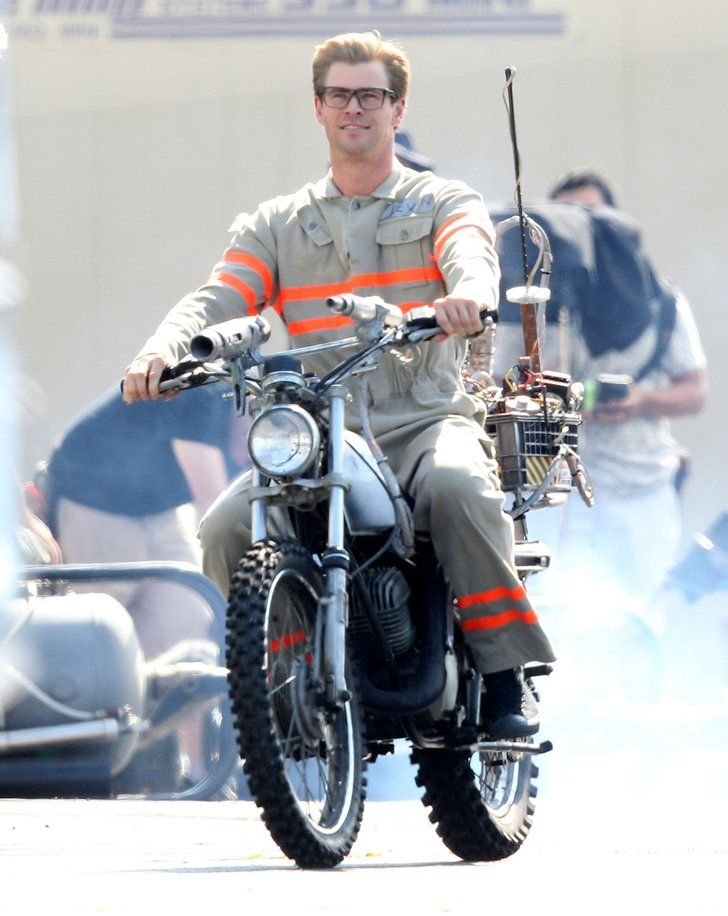 This Picture of Chris Hemsworth on the Ghostbusters Set Will Make Your Whole Year