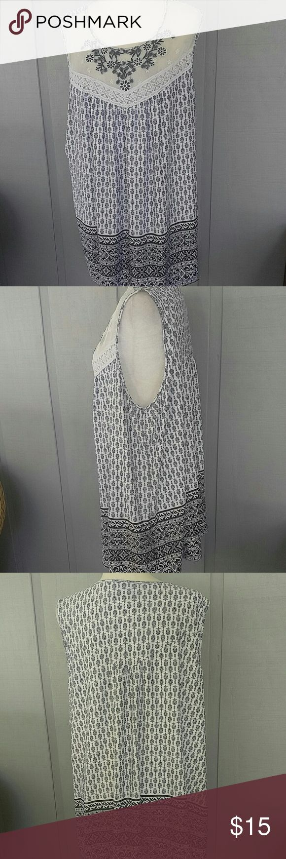 ND New Directions 3X blouse top plus Sleeveless polyester spandex blend.  GREAT CONDITION.    P-2 new directions Tops Blouses