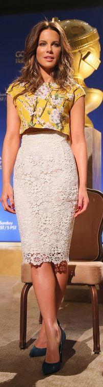 Kate Beckinsale: Shirt and skirt – Dolce & Gabbana Shoes – Casadei Jewelry – Dana Rebecca Designs