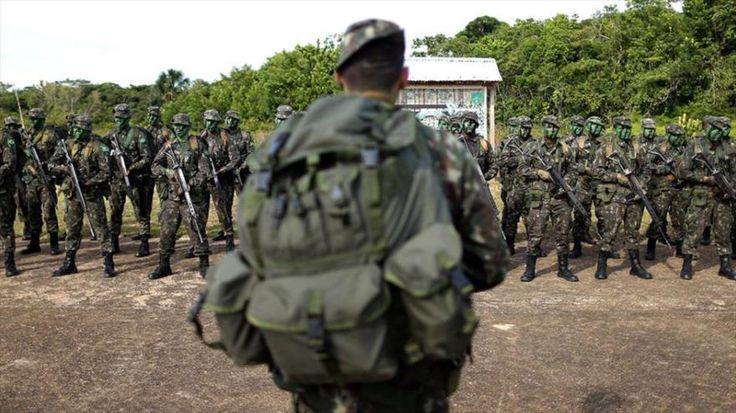 Brasil despliega más tropas en la frontera ante migraciones venezolanas -  BOA VISTA, Brasil (Reuters) – El Gobierno brasileño desplegará más tropas en su frontera con Venezuela y comenzará a reubicar a decenas de miles de venezolanos que han huido al norte de Brasil en busca de mejores condiciones de vida, dijo el jueves el ministro de Defensa, Raúl Jung... - https://notiespartano.com/2018/02/09/brasil-despliega-mas-tropas-la-frontera-venezolana/