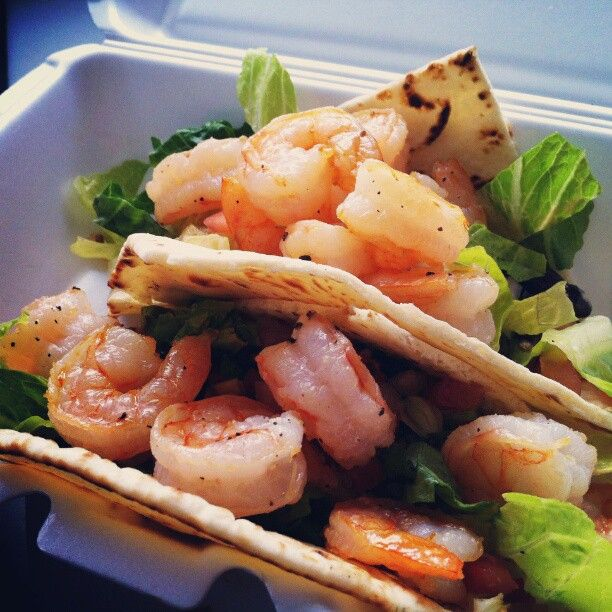 My Favorite Summer Lunch Menu from America's Favorite Food Truck! Grilled Flat Bread with Sauteed shrimp and Black Bean Avocado Gucamole.