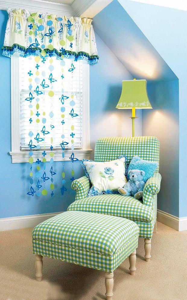 Pomysł na dekorację okna w pokoju dziecięcym