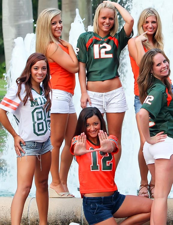 colleges-cheerleaders-gone-wild-gals-young-and