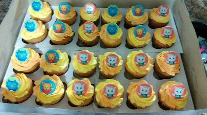 5ceb34274b800cb8636aee4036652aa5 Image Result For Cat Cake Toppers Birthdays