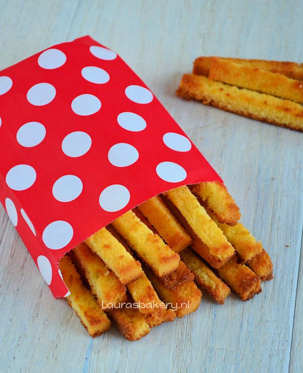 Zoete cake frietjes - Laura's Bakery