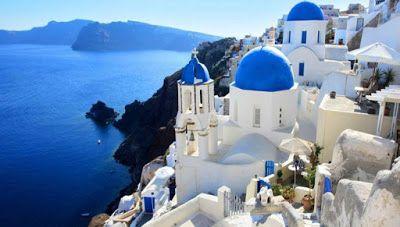 DW: Η ζήτηση για διακοπές στην Ελλάδα βρίσκεται στο ζενίθ