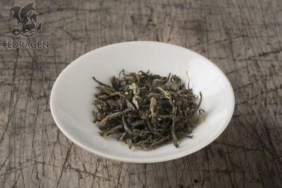 Ming Mei - Slanke Augebryn - Keisarleg grøn te  Green Tea  www.tedragen.no  Foto: www.tbfoto.no