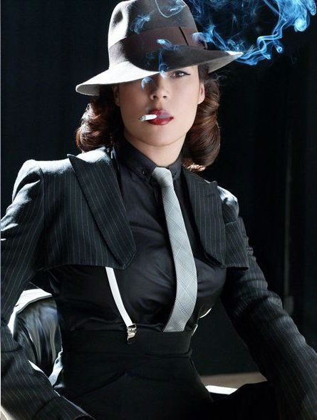 Classic gangster style, woman's version