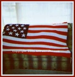 Free crochet pattern to make an heirloom American flag afghan or an American flag fridgie.