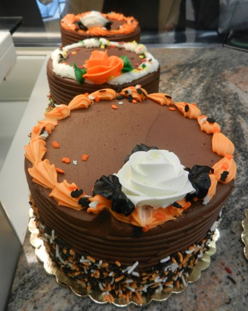 Our buttercream cakes have taken on some Halloween hues
