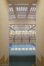 er de trap van het Oostelijk zwembad