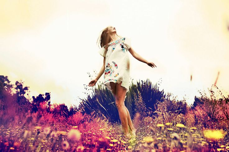 dancing in the psychedelic under-brush! #photography #lifestylephotography