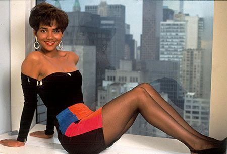 Halle Berry in Strictly Business | 1991