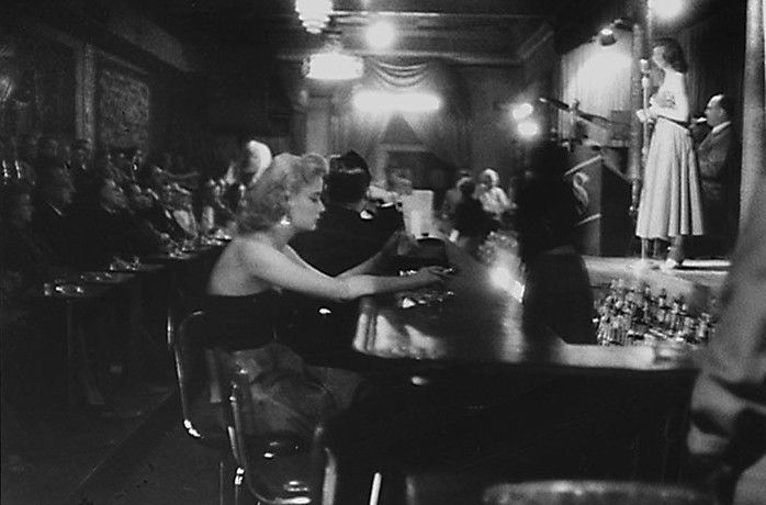 hotparade: George Zimbel - Woman at bar, Bourbon Street