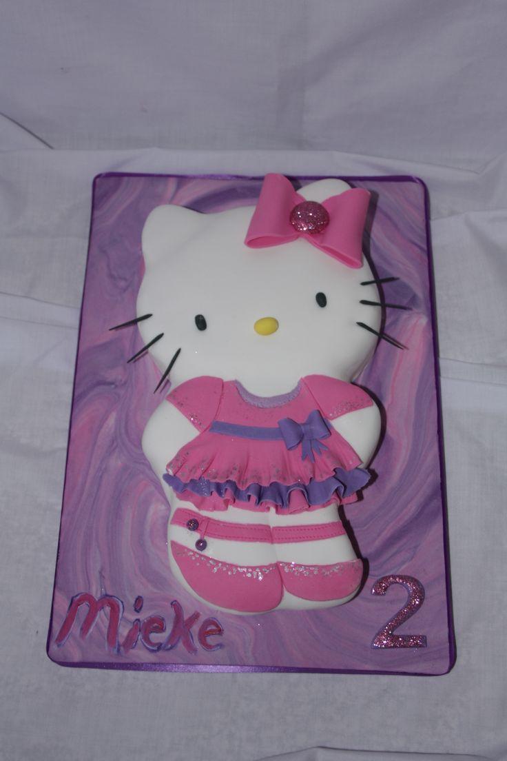 Hello Kitty Cake - www.suikerbekkie.co.za