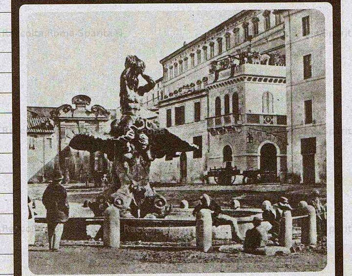 Piazza Barberini – Poco dopo il 1870 in una rustica piazza ottocentesca, ancora priva di monumentali alberghi, la fontana del Tritone spicca con la maestosità voluta dallo scultore Anno: fine 800