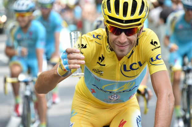 Maglia gialla 2014 - Vincenzo Nibali!  #TDF2014 #TourDeFrance #ChooseGlass #Cheers :-)