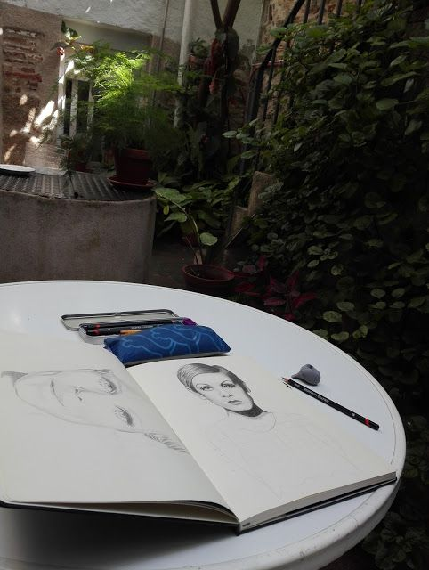 Putrizia Pine Art Box: Nuevo Comienzo / New Begining