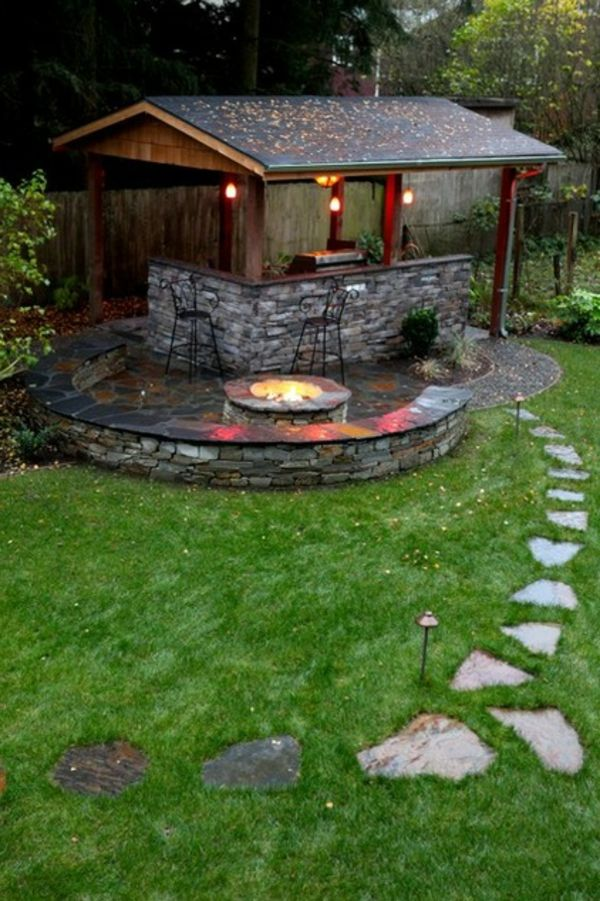 Hocker Partydeko Garten Gartenlaube Spitzdach Feuerstelle