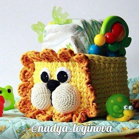 Pra deixar a sexta mais fofa! . . . By @nadya_loginova . . #inspiration #inspiração #cestatrapillo #cestotrapillo #cestofiodemalha #fiosdemalha #trapillo #yarn #crocheteiras #crochet #crocheting #crochetlove #crochetingaddict #croche #yarnlove #yarn #knitting #knit #penyeip #craft #feitoamao #handmade #croche #croché #crochê #croshet #penyeip #вязаниекрючком #uncinetto #かぎ針編み #instagramcrochet #totora #decorbaby
