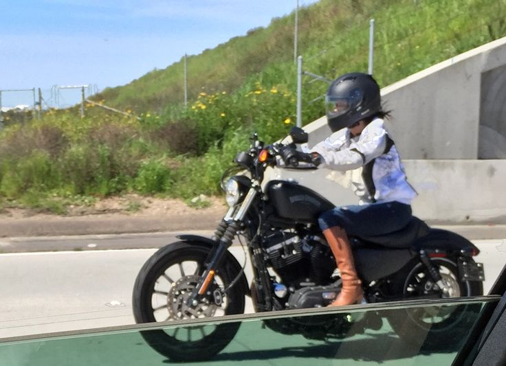 Chicks & Harley Davidson, San Diego