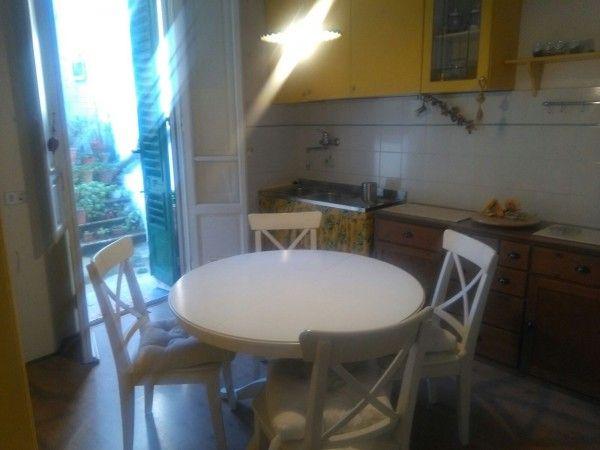Vendita Appartamento Firenze. Trilocale, Buono stato, seminterrato, terrazza, riscaldamento autonomo