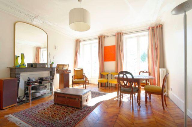 Τι έχουν τα σπίτια στο Παρίσι που δεν τα βρίσκεις πουθενά στον κόσμο [photos]